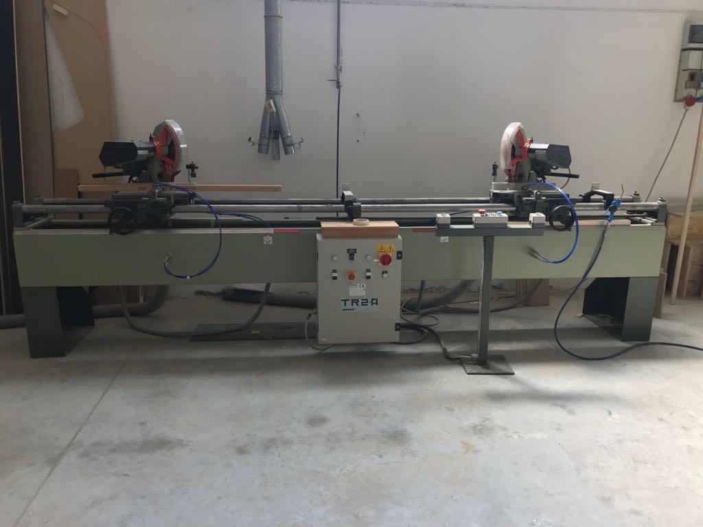 Troncatrice doppia usata per legno Omga Tr2A Ce