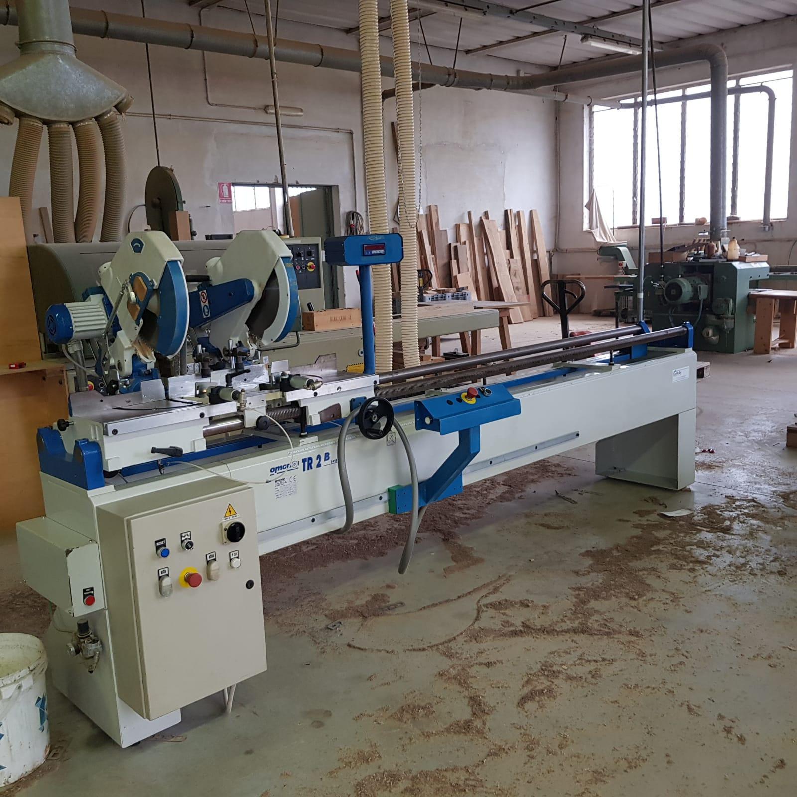 Troncatrice doppia usata per legno TR2B Ce